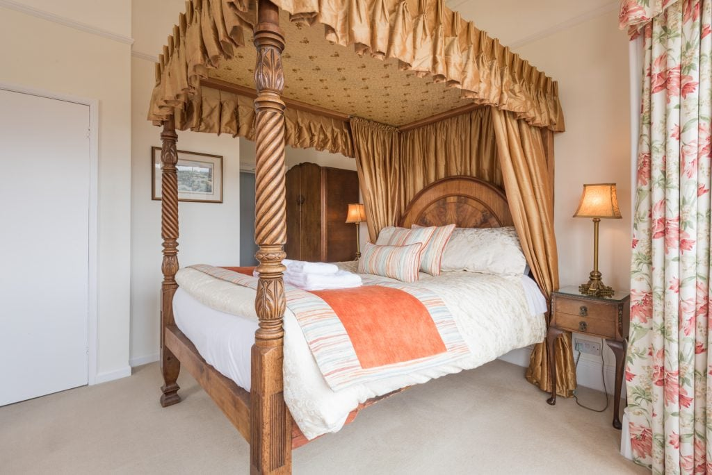 The Langdale four poster bedroom