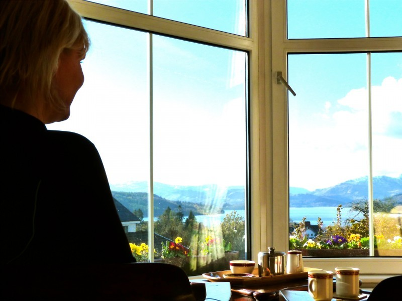 Another guest shares the pot of tea whilst enjoying wonderful Lake and fell views from our lounge today.