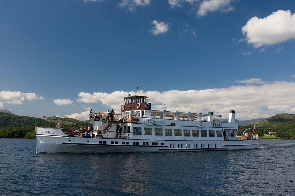 Cruise Windermere